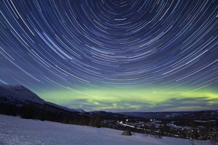 bedefdaabafa northern lights norway star trails